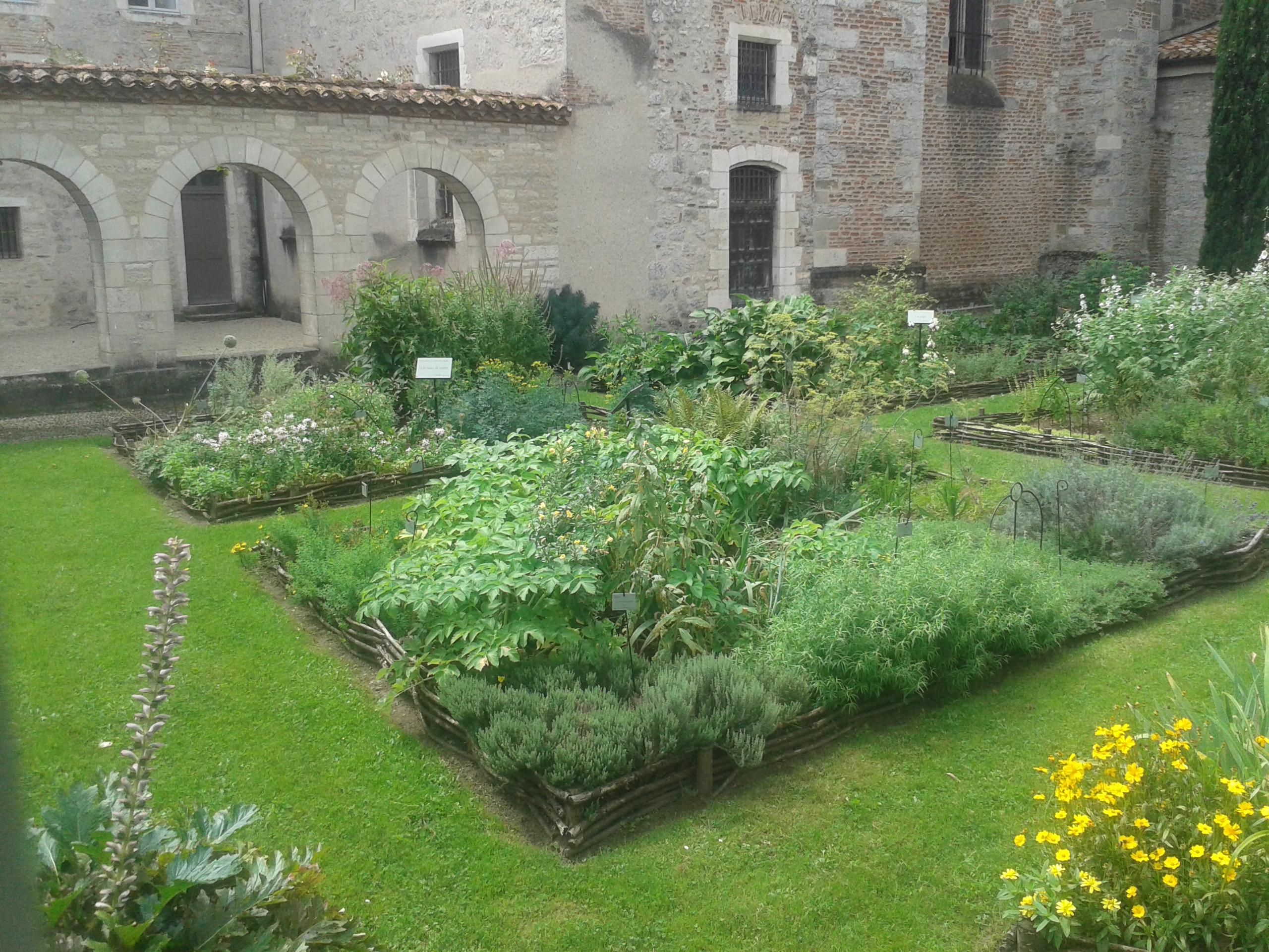 Belle am nagement exterieur jardin l 39 id e d 39 un tapis de bain for Entreprise amenagement jardin